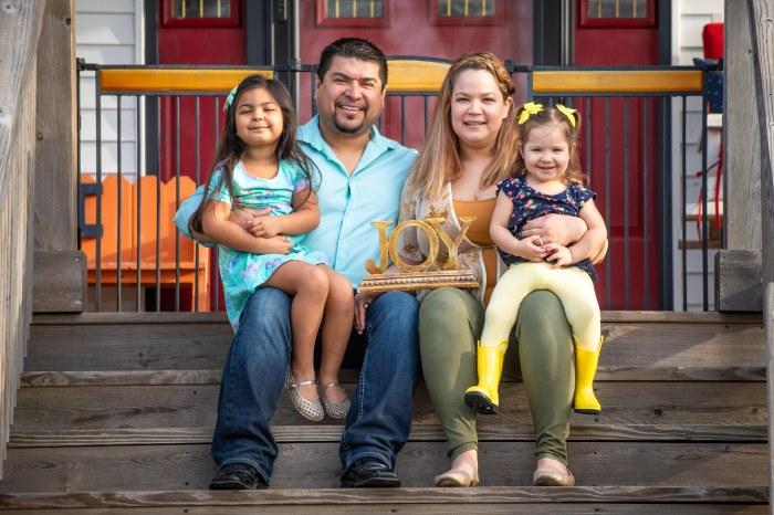 Front Porch Photo Bautista professional (1)